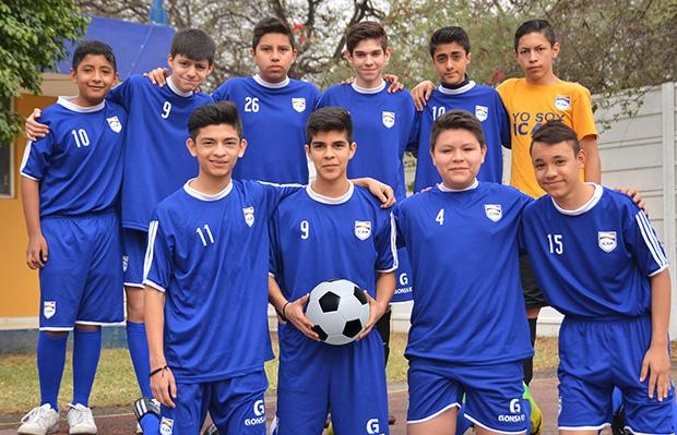 ICAM Colegio Actividades Futbol